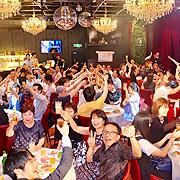 年4回開催!ライブ & 親睦パーティー